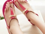 14 Gentle And Feminine Sandals For This Summer4