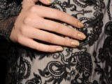 14-main-trends-for-fashionable-summer-manicure-10