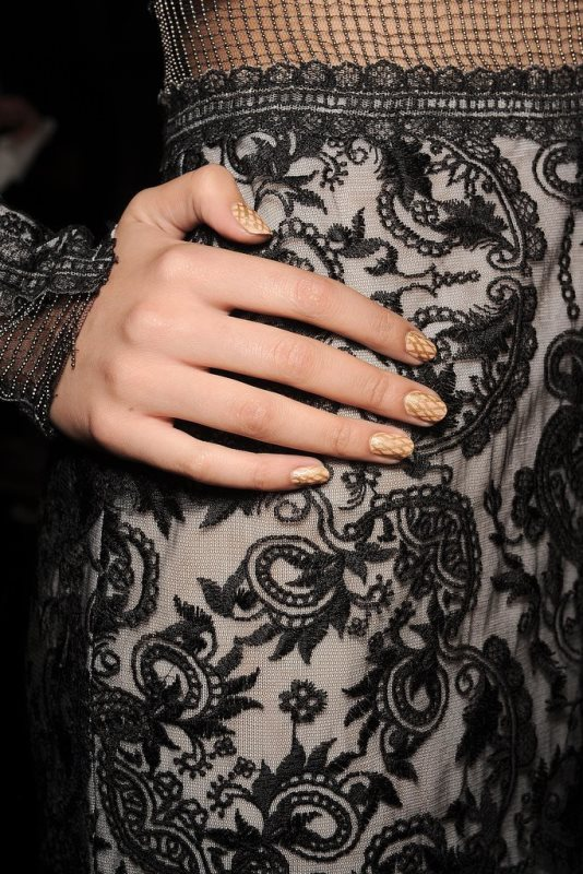 Picture Of main trends for fashionable summer manicure  10