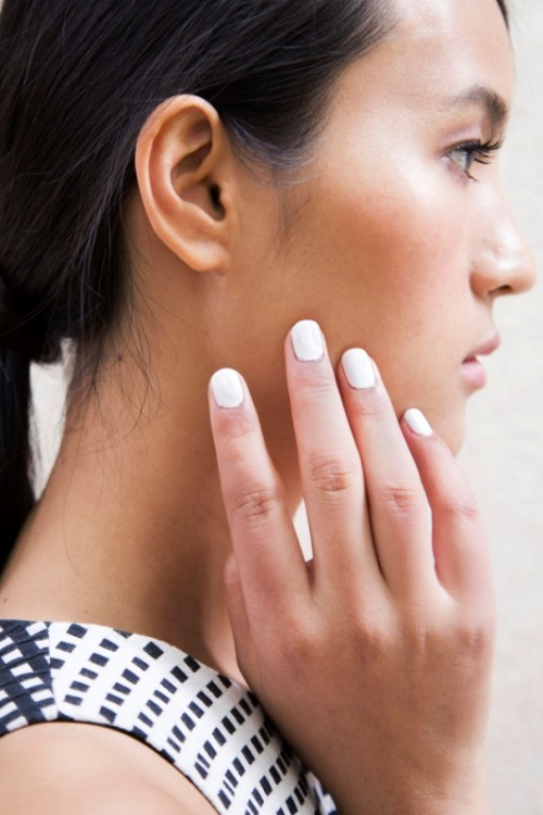 Main Trends For Fashionable Summer Manicure