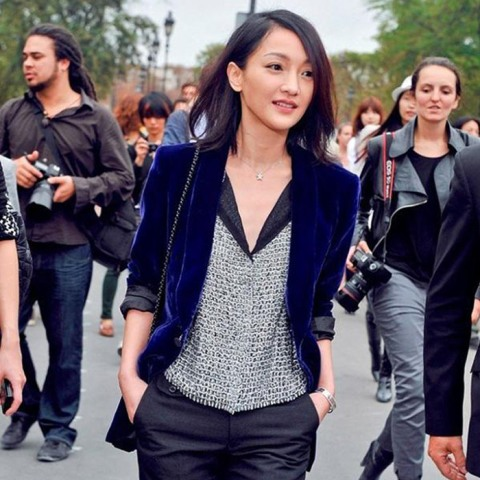 15 Awesome Velvet Jacket Outfits For Stylish Ladies