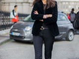 15 Awesome Velvet Jacket Outfits For Stylish Ladies14