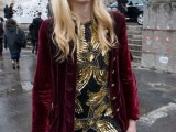 15 Awesome Velvet Jacket Outfits For Stylish Ladies4