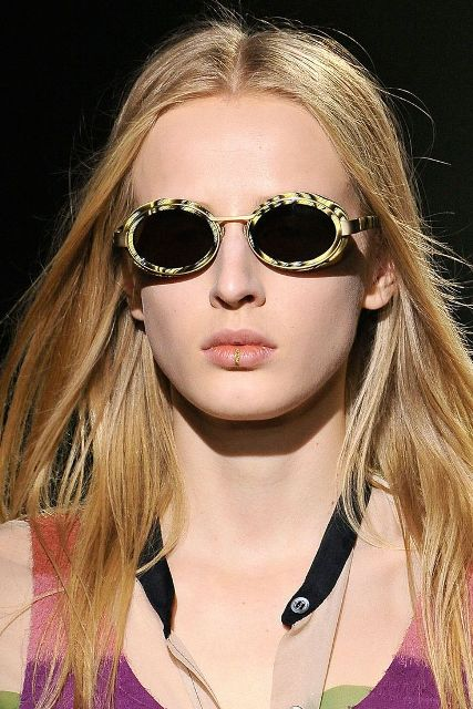 15 Super Stylish Oval Framed Sunglasses For This Season