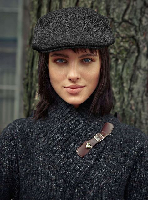 15 Cozy And Stylish Fall Outfit Ideas With Caps