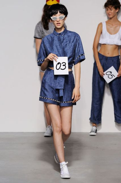 Picture Of Extraordinary Ways To Wear Denim This Season 14