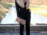15 Fall Outfit Ideas With Faux Fur Stoles15