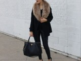 15 Fall Outfit Ideas With Faux Fur Stoles2