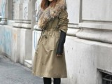 15 Fall Outfit Ideas With Faux Fur Stoles5