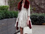 15 Fall Outfit Ideas With Faux Fur Stoles7