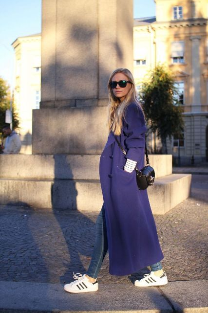 15 Fashionable Outfits With A Long Coat For This Fall