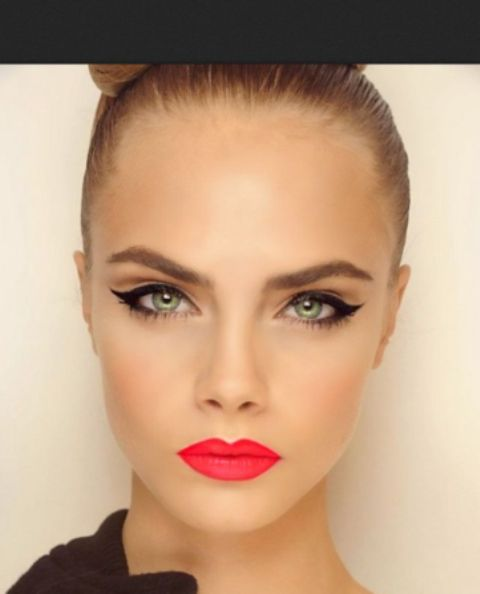 22 Sexy Christmas Makeup Ideas To Try