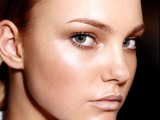 15 Make-Up Ideas To Make Your Eyes Look Bigger9