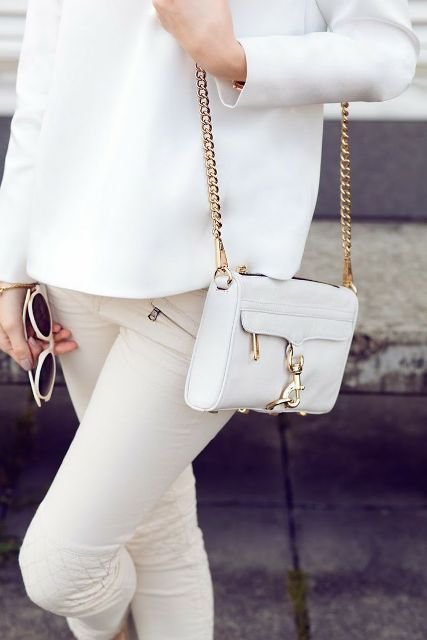 Mini Bags That Will Add A Charm To Your Look