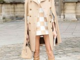 15 Perfect Fall Outfits With Nude Trench Coat7