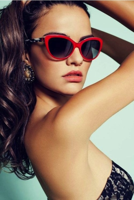 Sexy Bright Framed Sunglasses For Summer