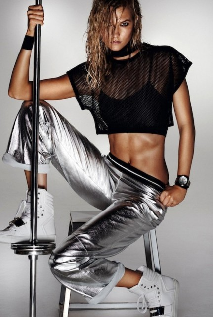 15 Sexy Workout Outfits With A Metallic Touch