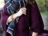 15 Stylish And Excellent Ways To Wear a Plaid Scarf15