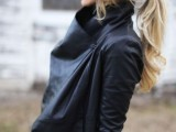15 Stylish Ways To Wear Low Ponytails 4