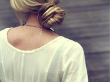 15-chic-and-easy-windy-weather-hairdos-10