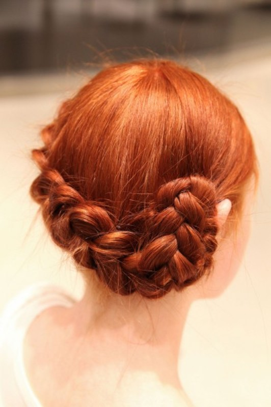 Picture Of chic and easy windy weather hairdos  14
