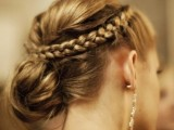 15-chic-and-easy-windy-weather-hairdos-15