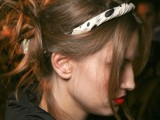 15-chic-and-easy-windy-weather-hairdos-5