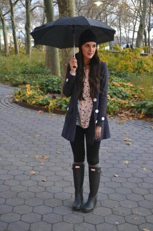 cf5f947f199 Picture Of chic ways to wear rain boots this fall 6