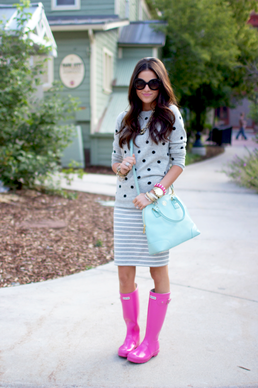 Picture Of chic ways to wear rain boots this fall  7