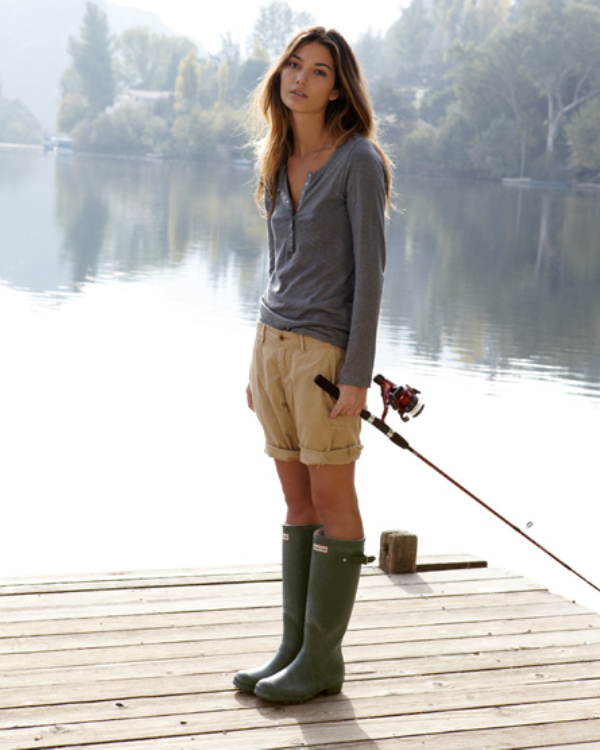 Picture Of chic ways to wear rain boots this fall  9