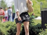 15-cool-ways-to-style-a-simple-sweater-for-spring-4