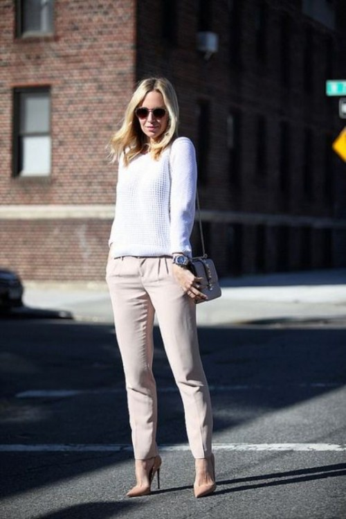 Cool Ways To Style A Simple Sweater In Spring