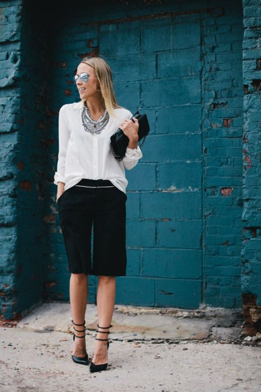 Picture Of fashionable ways to style bermuda shorts this summer  10