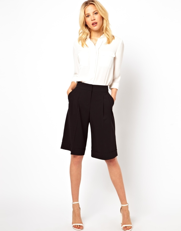 Picture Of fashionable ways to style bermuda shorts this summer  14