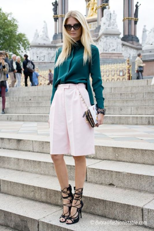 Picture Of fashionable ways to style bermuda shorts this summer  6