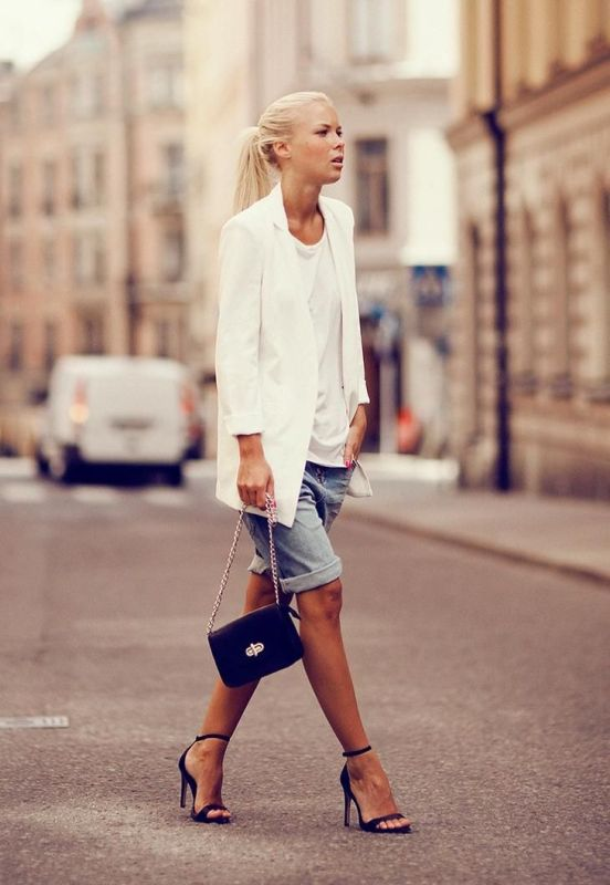 Picture Of fashionable ways to style bermuda shorts this summer  7
