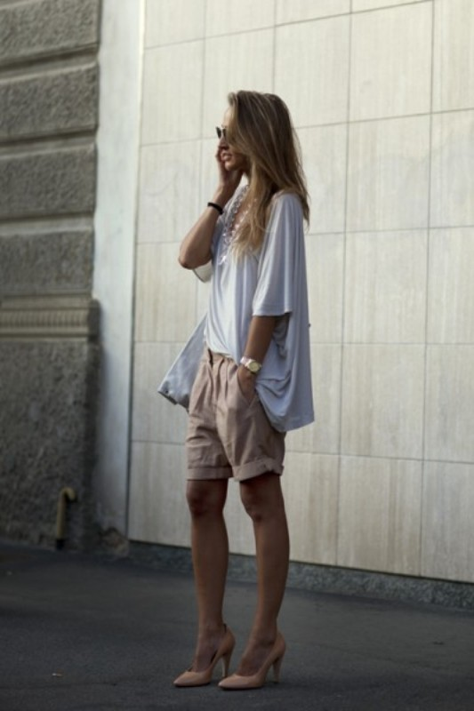 Picture Of fashionable ways to style bermuda shorts this summer  9