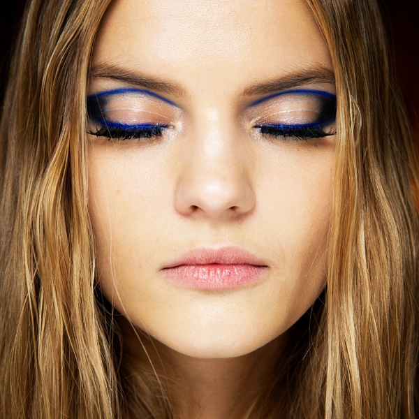 Picture Of fresh and creative ways to makeup your eyes with eyeliner  8