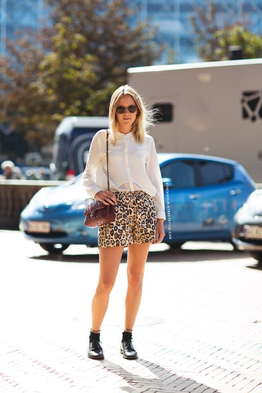 Picture Of new and trendy ways to wear leopard print  5