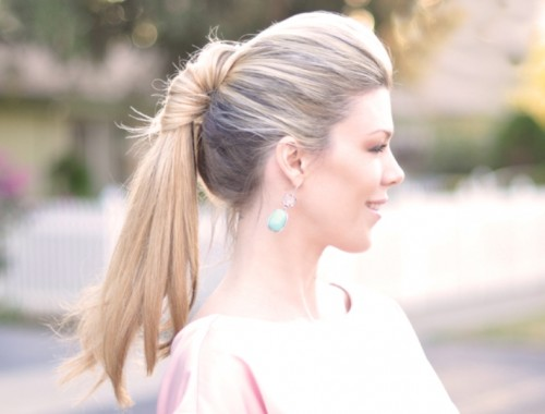 Pretty Twisted Hairstyles For Summer
