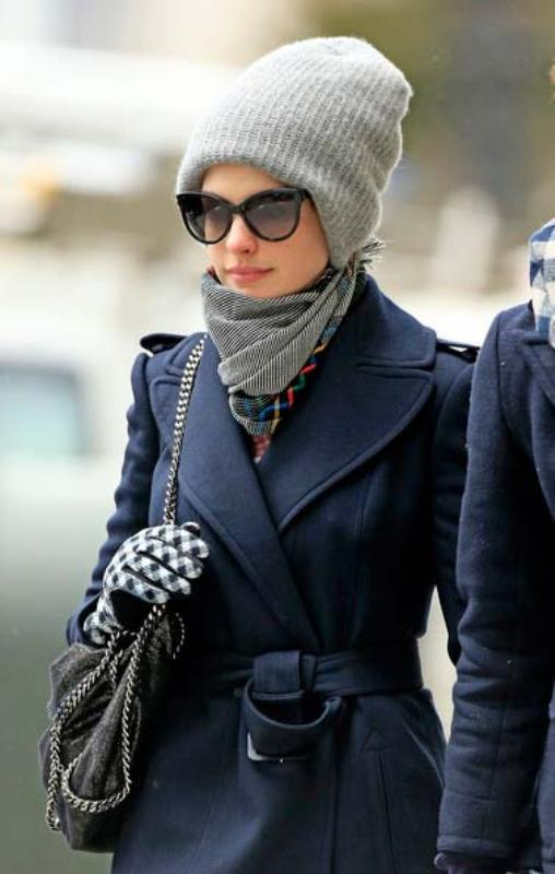 Picture Of ways to style your hair under a hat  13