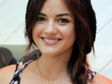 15-ways-to-style-your-hair-under-a-hat-4
