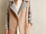 16 Fall Outfits With Two-Tone Coats 10