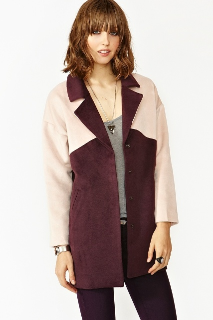 Picture Of Fall Outfits With Two Tone Coats 6