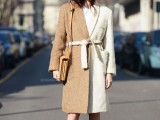 16 Fall Outfits With Two-Tone Coats 8