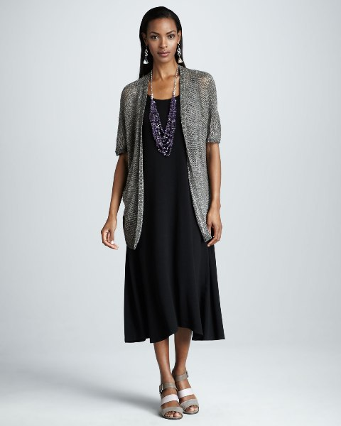 Picture Of Feminine Long Cardigan And Dress Combinations For Fall 3