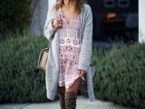 16 Feminine Long Cardigan And Dress Combinations For Fall7