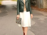 16 Feminine Pleated Midi Skirt Outfits For Fall And Winter 13