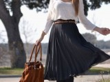 16 Feminine Pleated Midi Skirt Outfits For Fall And Winter 15