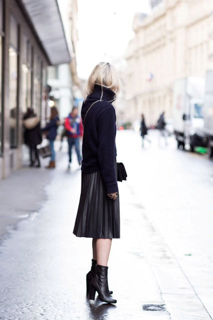 Picture Of Feminine Pleated Midi Skirt Outfits For Fall And Winter 16
